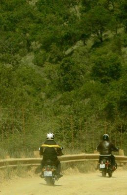 Enfield-motorcycle-tours-11